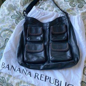 💥 FINAL PRICE! Banana Republic Black Leather Hobo